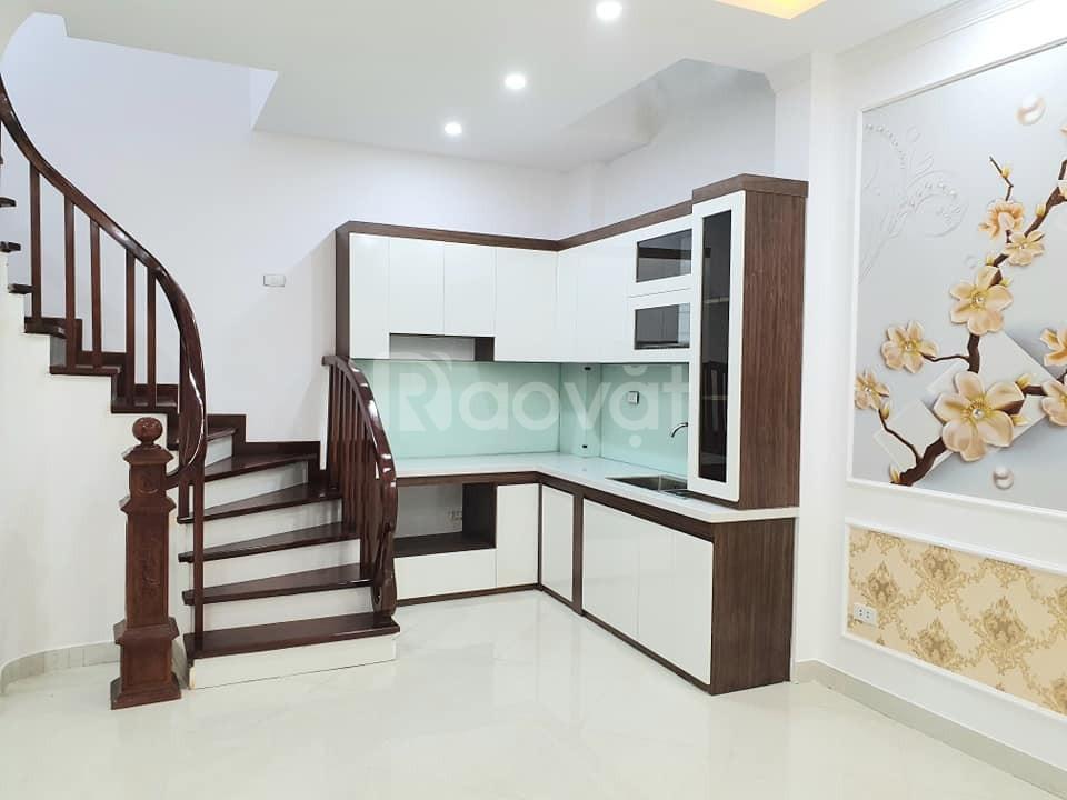 Nhà trong hẻm Hoàng Hoa Thám dt 29m2, SĐCC, giá 2.9 tỷ (ảnh 3)