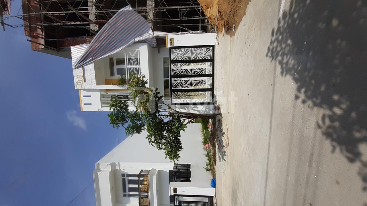 Nhà mới xây đẹp 4x14m KDC VIP sát Hóc Môn (ảnh 6)