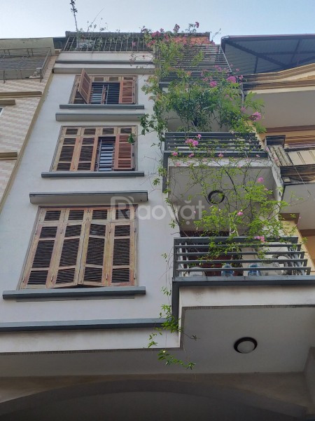 Cần bán gấp nhà 5 tầng, kinh doanh đỉnh tại Trần Duy Hưng