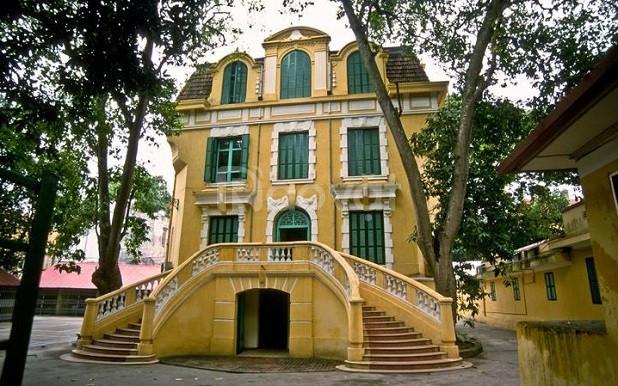 Bán gấp một số Villa Pháp đã có sổ đỏ ở phố chính Hoàn Kiếm