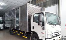 Isuzu 4.990kg, thùng kín 6.2m, KM máy lạnh, 50% trc bạ