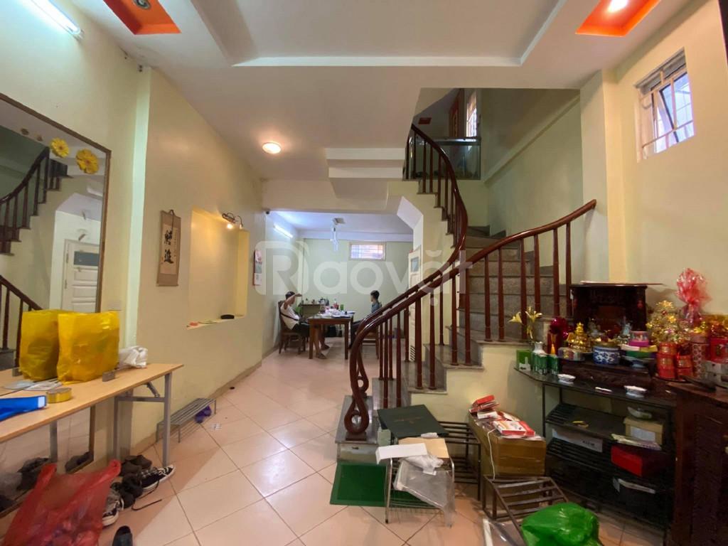 Bán nhà Bùi Xương Trạch Q Thanh Xuân 5 tầng 3 mặt ngõ Ô tô đỗ cửa Giá 3.8 tỷ