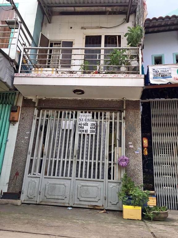 Bán nhà đường Lê Văn Việt 1 tỷ 7 có sổ hồng riêng