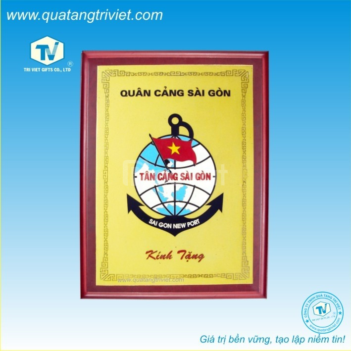 Công ty Trí Việt chuyên sản xuất kỷ niệm chương, biểu trưng gỗ đồng
