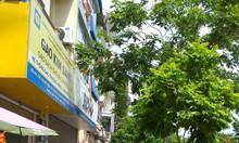 Nnhà 2 tầng mặt phố Nguyễn Khang, gần ngã tư, kd, 8,6 tỷ