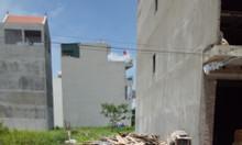 Bán đất mặt tiền đường ô tô ngay sát gần chợ Bao Bì