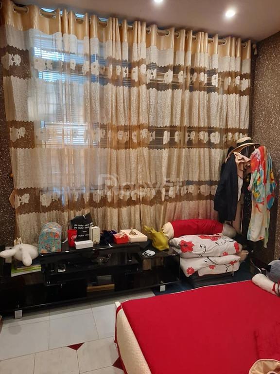 Cần bán nhà Tam Khương