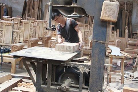 Sửa đồ gỗ theo yêu cầu tại Cầu Giấy Xuân Thủy Hà Nội