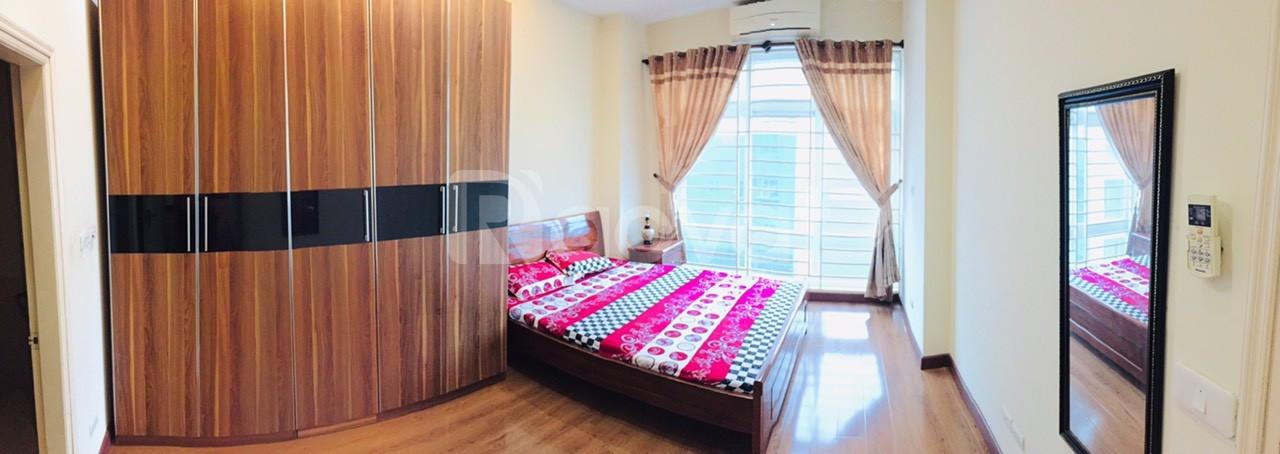 Cho thuê chung cư F5 Trung Kính nhà đẹp đủ đồ ở ngay giá 9tr