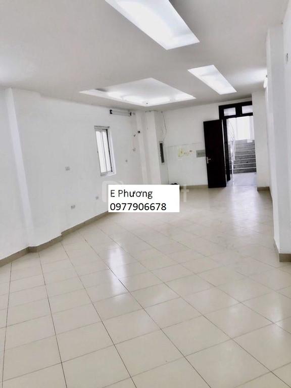 Cho thuê văn phòng mặt đường Trần Vỹ Q.Cầu Giấy DT 65m2 giá 8tr/1tháng