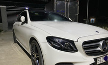 Xe Mercedes E300 AMG dk 2017