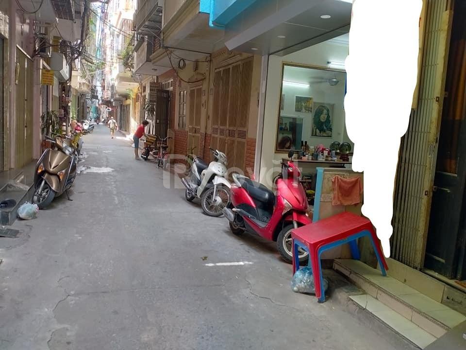 Nhỉnh 3 tỷ có nhà ô tô đỗ cửa, KD, 30m2 ở Nguyễn Lương Bằng