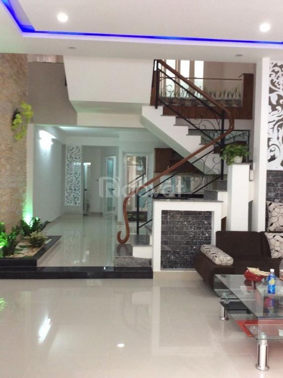 Nhà Lạc Long Quân, phường 8, Tân Bình, 70 m2, hơn 5 tỷ (ảnh 1)