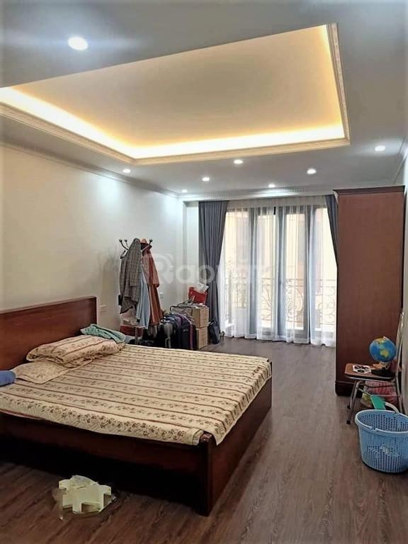 Bán nhà phố Trúc Khê, Nguyên Hồng, Đống Đa 36m2 x 5 tầng, giá 3,4 tỷ.
