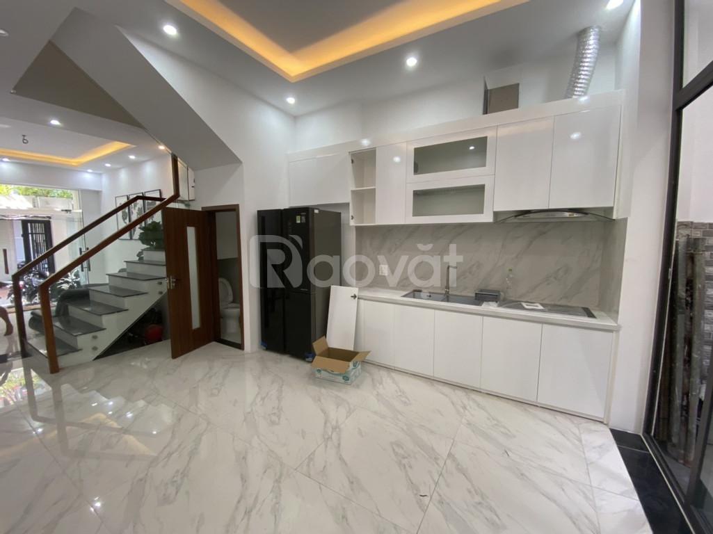 Tôi cần bán nhà phố Hồng Mai, DT 60m2x5T, 3 mặt thoáng (ảnh 4)