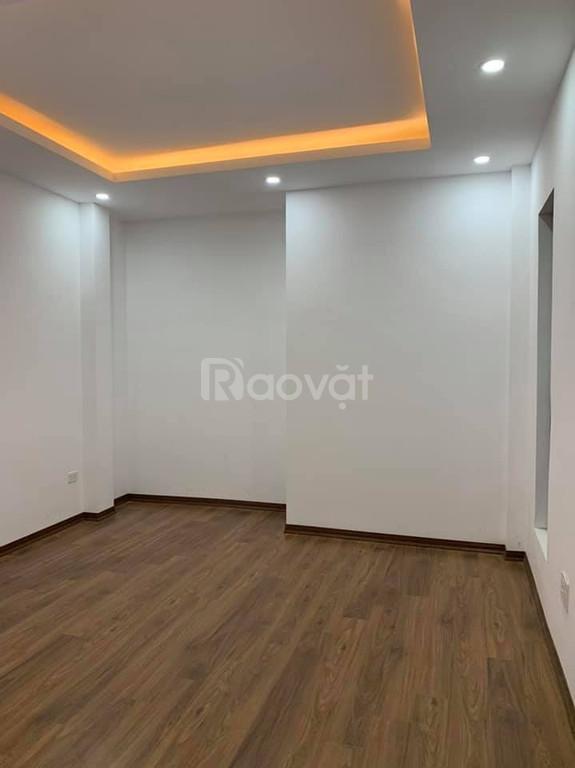 Bán nhà Định Công Thượng 48m giá 3.05tỷ 5 tầng nhà mới ở luôn