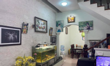 Bán nhà Quan Nhân  quận Thanh Xuân lô góc 2 mặt thoáng.