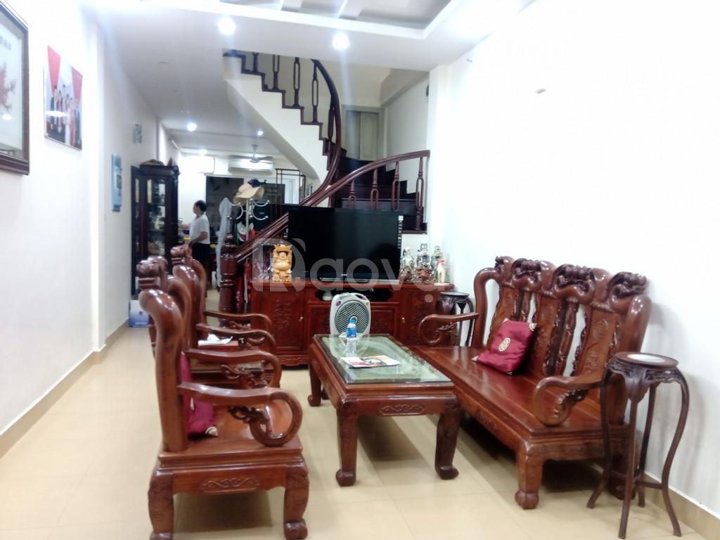 Nhà phân lô Nguyễn Ngọc Vũ, ngõ oto, dân trí cao (ảnh 1)