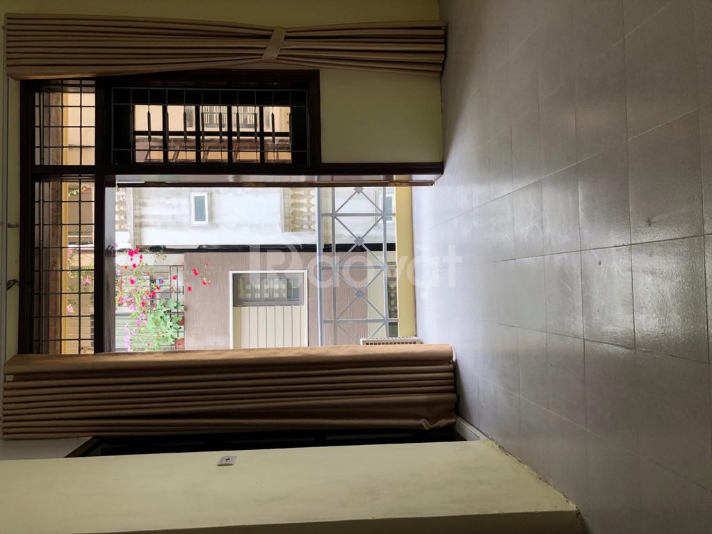 Cho thuê phòng 25m2 tại Phạm Ngọc Thạch, Đống Đa