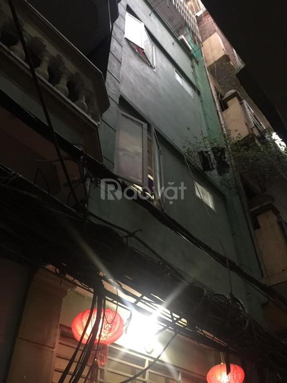 Bán nhà Đốc Ngữ, Ba Đình, 32m2x4T, ngõ 3 gác, ô tô gần nhà