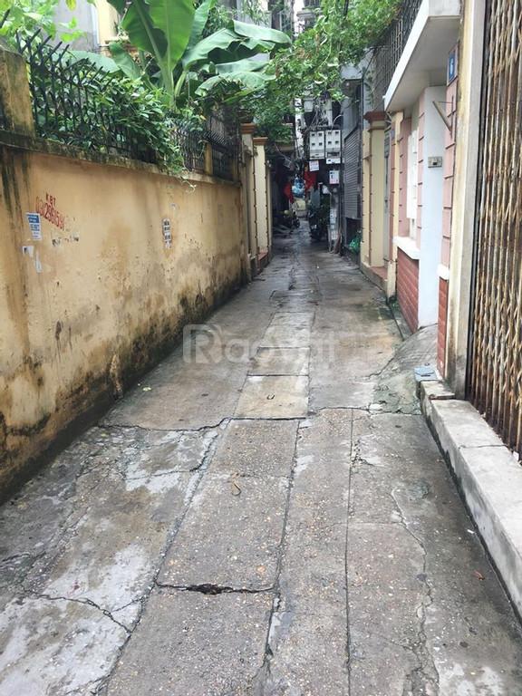 Nhà đẹp Trương Định 48m2, ngõ rộng, cách ô tô 30m