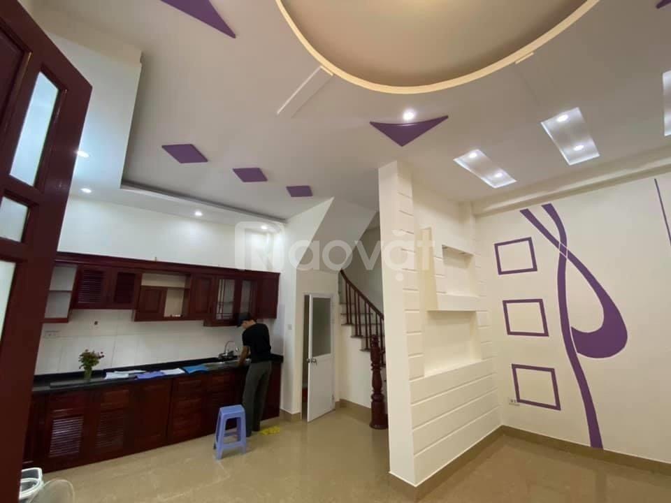 Bán nhà Khương Hạ 35m2, mt 5m, ba gác đỗ cửa, giá 2.85 tỷ, lh 0347799998