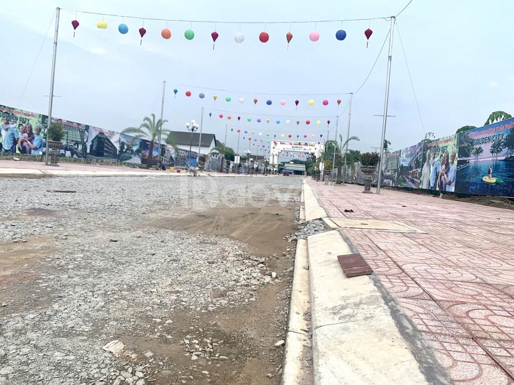 Bán đất mặt tiền QL 14, Chánh Phú Hòa, KĐT Golden City