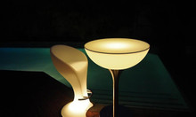 Bàn ghế phát sáng đẹp cho bar