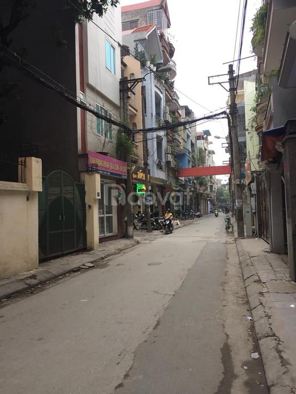 Bán nhà cấp 4 ngõ 118 Nguyễn Khánh Toàn, Nghĩa Đô, ôtô vào nhà