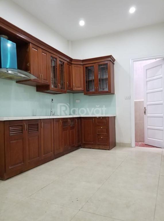 Nhà Vũ Tông Phan 36m2, Ô tô qua nhà, kinh doanh tốt