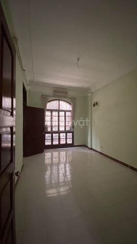 Cho thuê nhà 3 tầng tại Vương Thừa Vũ 80m2