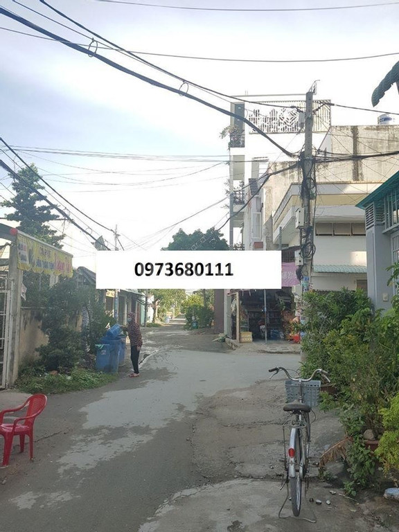 Bán nhà shophouse, khu kinh doanh ĐH Nguyễn Tất Thành, Q12, giá rẻ.