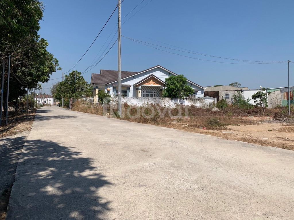 Gia đình chuyển nơi ở cần bán lô đất đẹp, giá rẻ tại Phú Mỹ, Vũng Tàu.