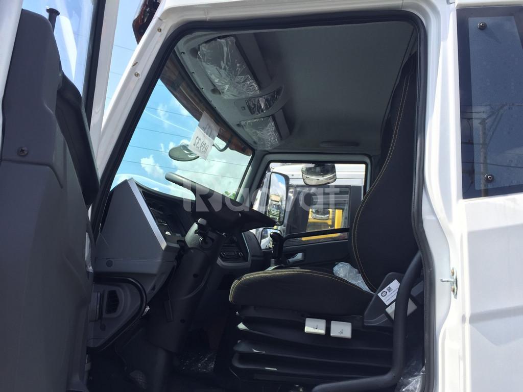 Giá bán xe tải faw 8 tấn thùng dài 8m, bán xe tải 8 tấn ở Bình Dương.