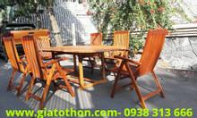 Bộ bàn ghế ngoài trời bằng gỗ tự nhiên cao cấp
