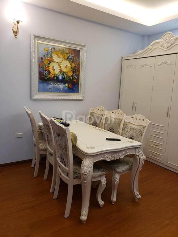 Nhà Phố 8/3 bán gấp 35 m2* 5 tầng * MT 7.2m, tặng nội thất NK, 3.72 tỷ