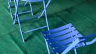 Bàn ghế ban công màu xanh dương (ảnh 2)