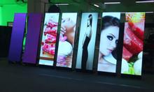 Màn hình Led Poster dùng cho sự kiện, show room, trung tâm thương mại