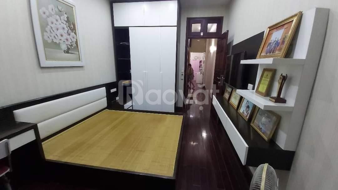 Bán nhà đẹp phố Trần Điền, 42m2, giá 6,4 tỷ.