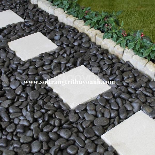 Trang trí cảnh quan sân vườn bằng sỏi đen bóng