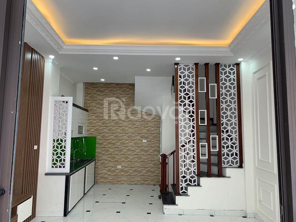 Nhà đẹp, giá rẻ ngõ 211 Khương Trung, 50m, 3 tầng, măt tiền 4m, chỉ 3,65 tỷ
