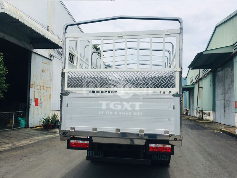 Giá xe tải hyundai Ex8GTL tải trọng 7 tấn/ hyundai 7T ex8 trả góp
