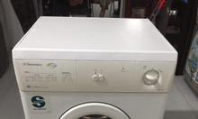 Máy sấy khô quần áo 5kg