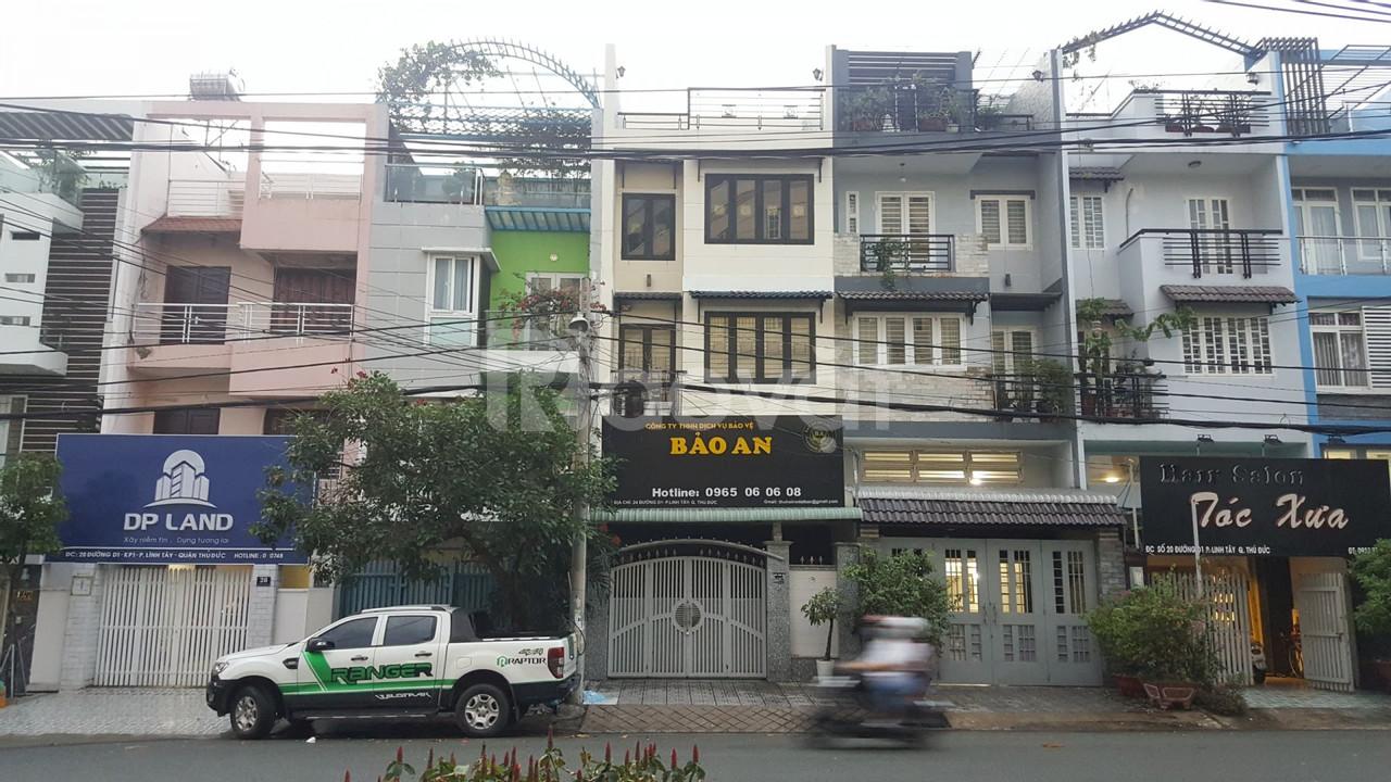 Cho thuê nhà đẹp 3 tầng + 1 trệt + 1 lưng tại Linh Tây Thủ Đức
