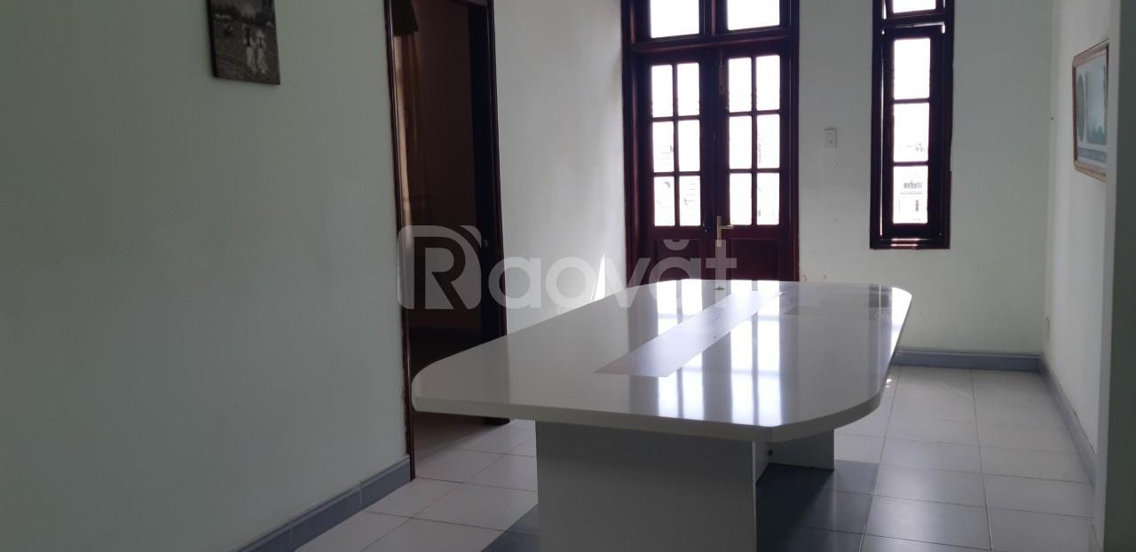 Cho thuê nhà nguyên căn tại 105 Dương Hiến Quyền, Vĩnh Hòa, Nha Trang