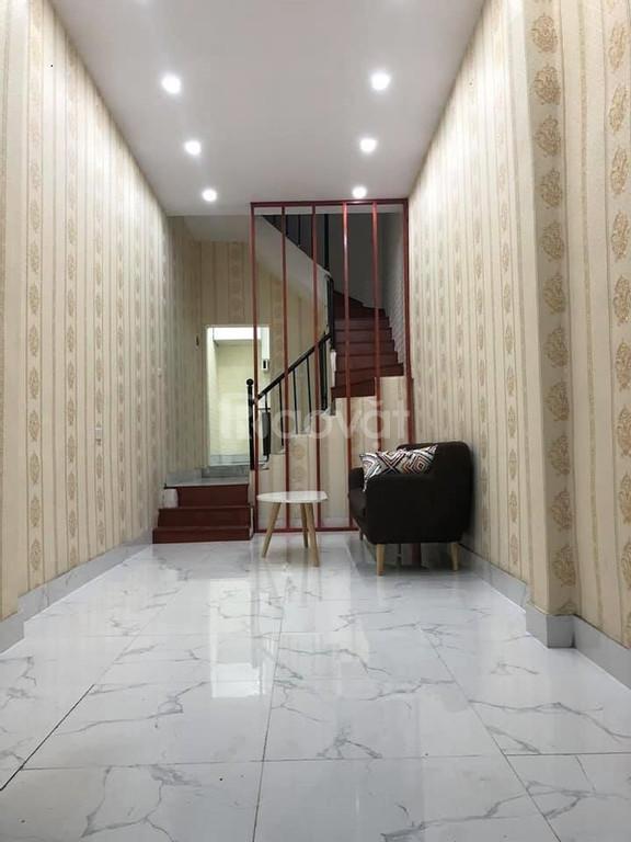 Nhà đất giá rẻ Trương Định, 40M2, mặt tiền 4m, giá 2.5 tỷ