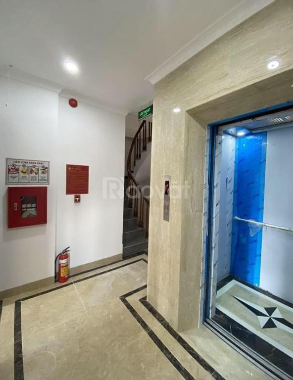 Nhà mặt phố Xã Đàn 7 tầng, thang máy