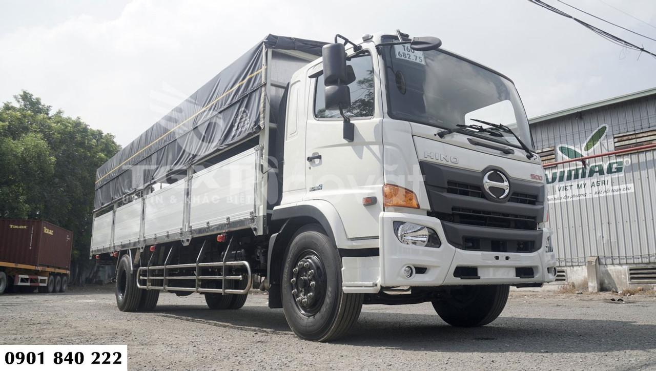 Hino FG thùng bạt, tải 7T5 thùng dài 8m8, trả trước 300tr nhận xe