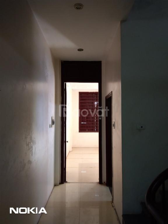 Gia đình cần cho thuê gấp nhà riêng ngõ 75 Nguyễn Xiển, Thanh Xuân