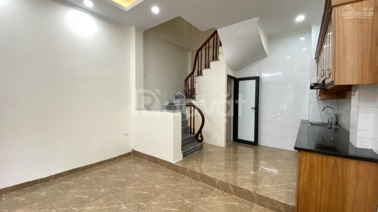 Nhà ngõ phố Phạm Văn Đồng, Cổ Nhuế, Bắc Từ Liêm 39m2